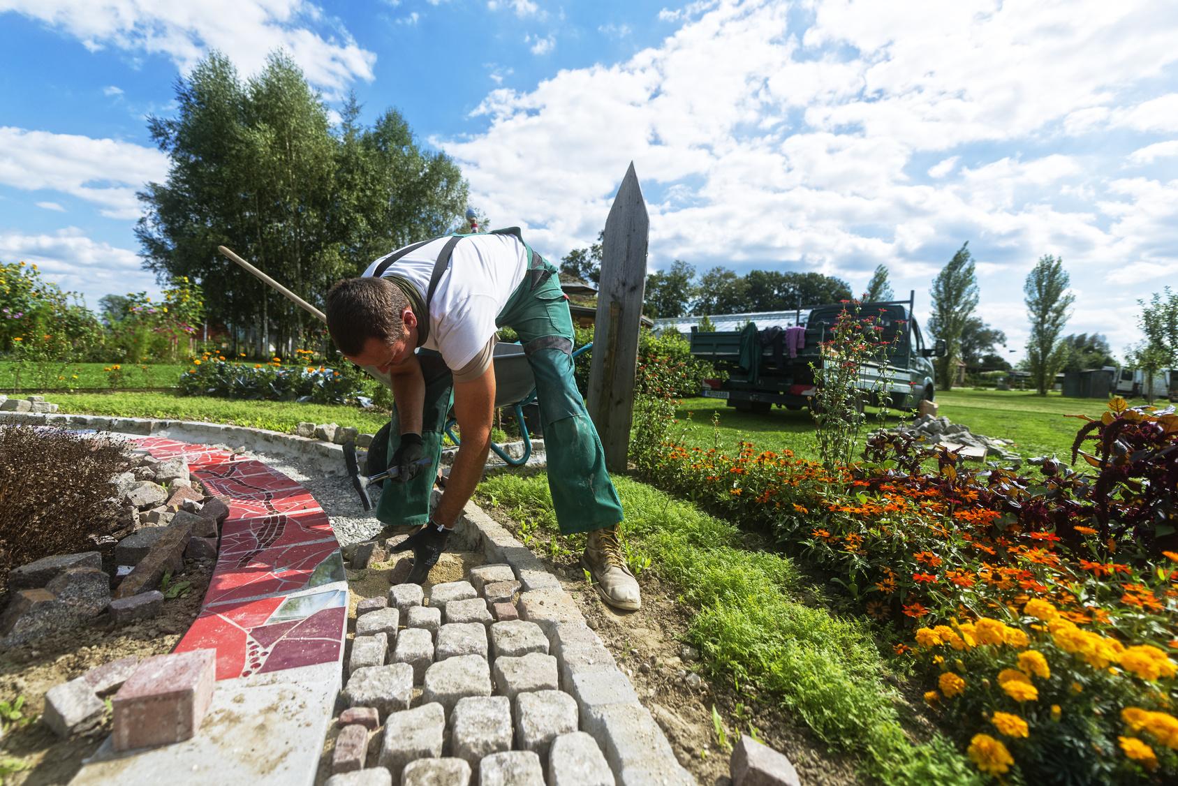 Aussenanlagen - Grünanlagen - Gartenpflege - Grünanlagenpflege - Geislingen